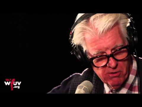 """Nick Lowe - """"Christmas At The Airport"""" (Live at WFUV)"""