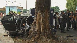 Tres muertos al estrellarse un auto contra un árbol en Puerto Madero