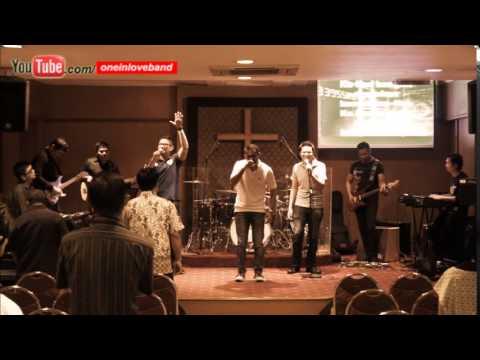Mari Kita Semua Sung by : Nikki Hege OIL's Band @KGPC 2015