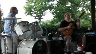 Musician Ben Lacy performing at Equus Run Vineyards-Doobie Brothers