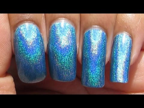 Layla Hologram Effect Ocean Rush Manicure May 2 Polish In Motion