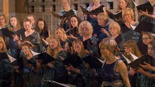 Tout d'travers, performed by Elektra Women's Choir