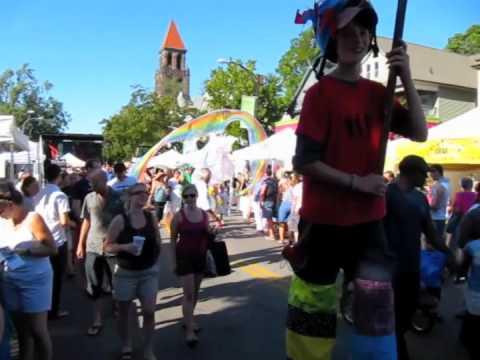 Elmwood Art Festival - Parade!
