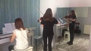 Eskişehir fi sanat merkezi Keman dersi öğrencisinden bir performans
