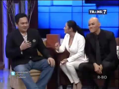 Hitam Putih    Dewi Perssik VS Farhat Abas FULL