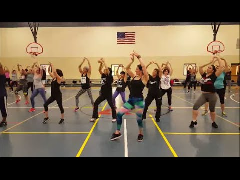 Chaiyya Chaiyya (Bombay Dreams) / A.R. Rahman  Bollywood Dance Fitness Routine By Jilly Zumba