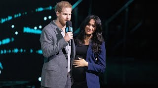 Meghan Markle Gives Birth to Royal Baby Boy!