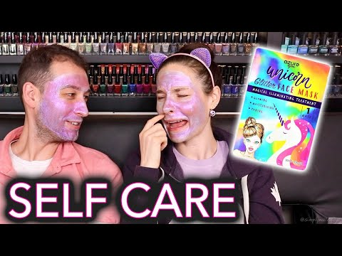 """Testing """"holographic"""" face masks (couples therapy: what he really thinks of me)"""