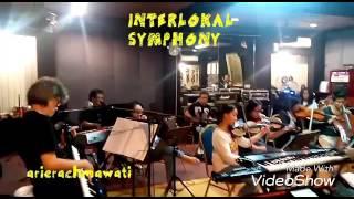 INTERLOKAL by SYMPHONY (rie)