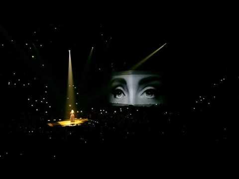 Adele - Hello * World Tour 2016 * Atlanta GA * Philips Arena 10/28/16