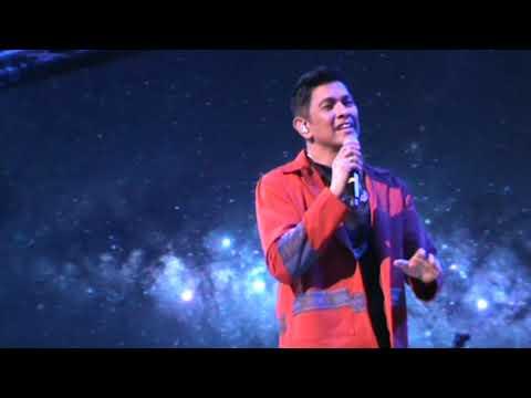 Gary Valenciano Live - Ililigtas Ka Nya   -  (F)  (See Playlists - Concerts for More)