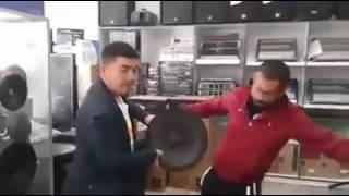 Aksaray'lılar Yeni Bass Hoparlörlerini Denerken