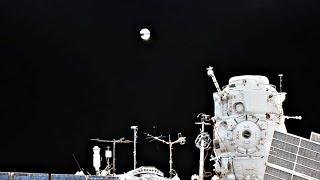 Первый наноспутник, сделанный по 3D-технологиям, запустили российские космонавты (новости)