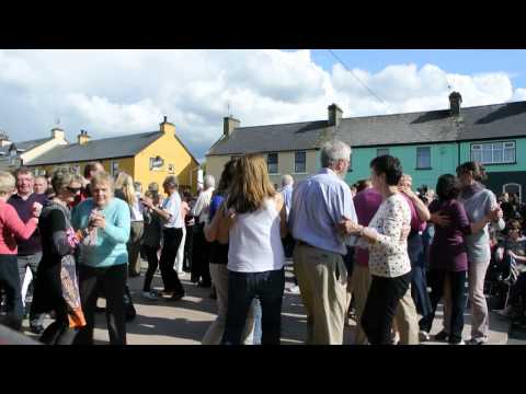 Waltzes by the Kilfenora Ceili Band
