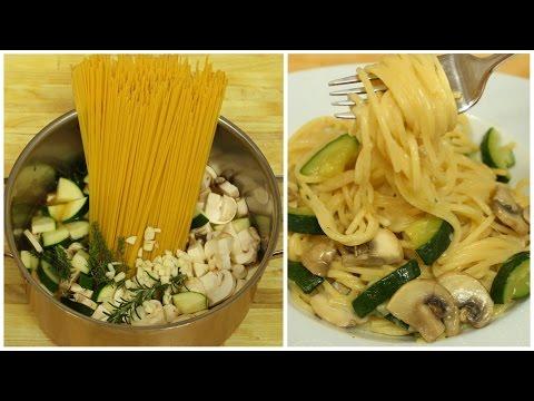 One Pot Pasta mit Zucchini & Champignons | Fertig in 20 Minuten