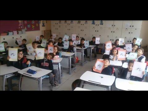 Yükselen Koleji - 1F sınıfı, Naz ve arkadaşlarına ait resimlerin slayt gösterisi