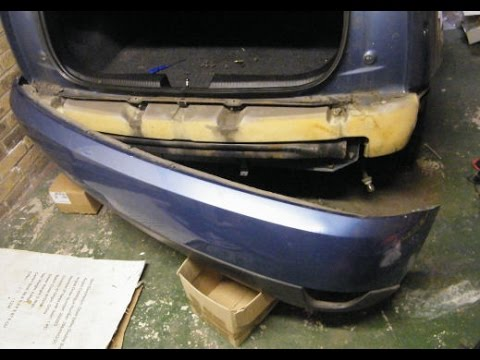 ford focus rear bumper removal youtube. Black Bedroom Furniture Sets. Home Design Ideas