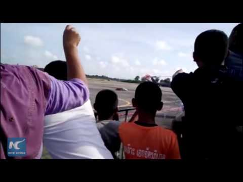 Shocking: Fighter jet crashes at airshow for children in Tha