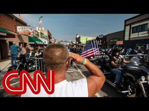 CNN anchor Bill Weir talks politics with Sturgis bikers