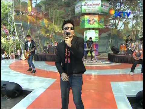 THE TITANS Live At Hip Hip Hura (02-09-2012) Courtesy SCTV
