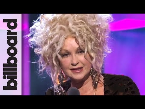 Cyndi Lauper Accepts Icon Award | Women in Music