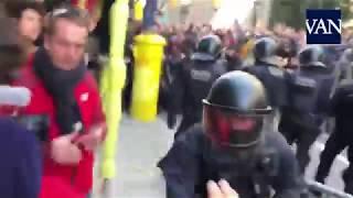 [BARCELONA 21D] Fuertes cargas policiales en Via Laietana