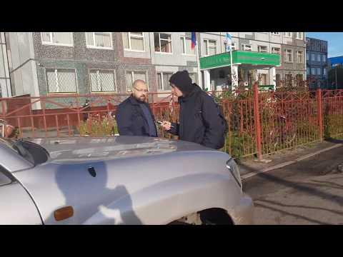 Водитель к959см29 украл телефон у не блогера Архангельска