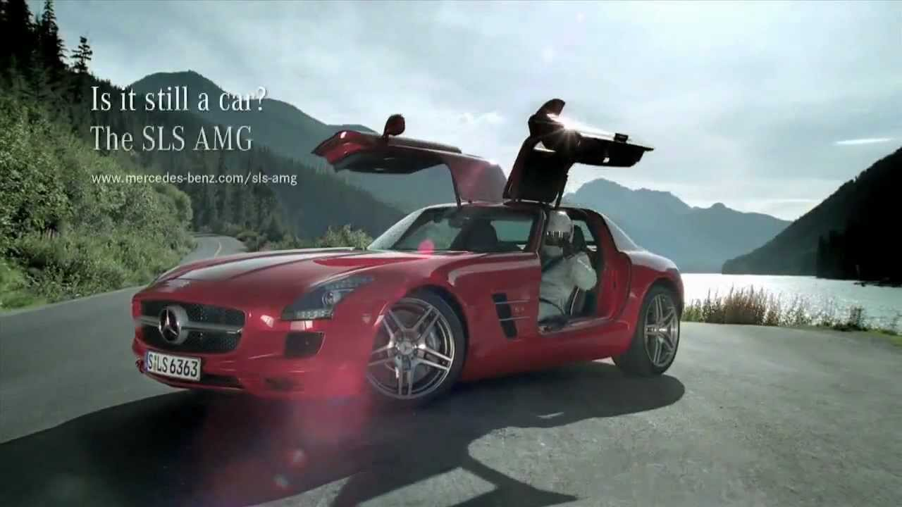 Mercedes Benz SLS AMG Tunnel Roll