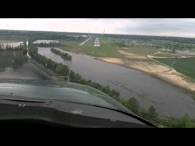 Flying into SIK Sikeston Memorial Municipal Airport