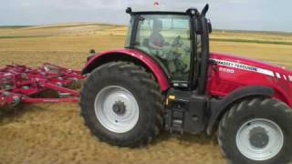MF 8690 | High HP Tractor of the year 2009