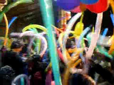 Fiesta infantil pack hora loca infantil fiestas para ni os chicoteca youtube - Perchas infantiles de pared ...