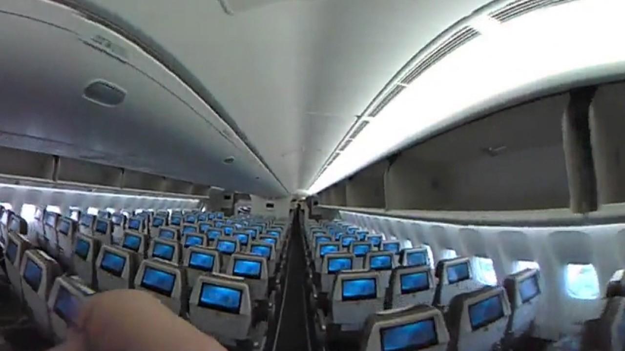 Boeing 777 Cabin Walk Through
