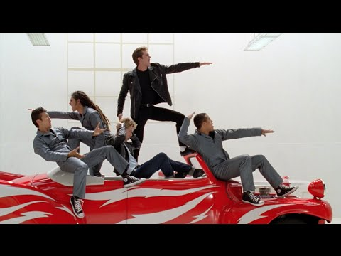 GLEE - Greased Lightning (Full Performance) HD