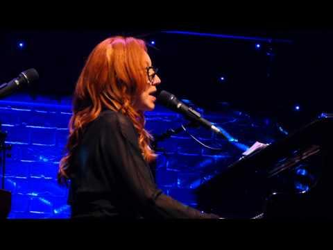Tori Amos: Winter 2014-08-13 The Beacon Theatre, New York City 1080HD