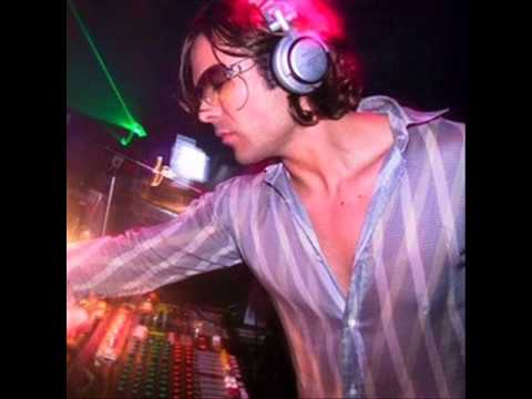 Matt Darey - (Live At Nocturnal 2 Hours 11-02-2006 Part 1 Of 2)