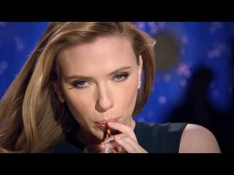 BUZ ! Scarlett Johansson quitte son rôle d'ambassadrice pour Oxfam. Sodastream, la Vidéo censurée ?