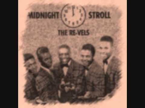 Music video The Revels - Midnight Stroll