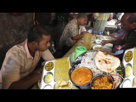 Chitto Babur Dokan Kolkata Deckers Lane | Most Delicious & Cheap Street Food India | Kolkata Food