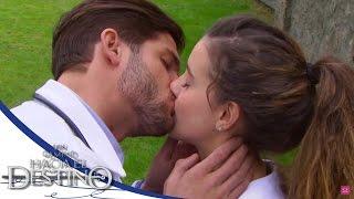 vuclip ¡El primer beso de Fernanda y Carlos! - Un camino hacia el destino