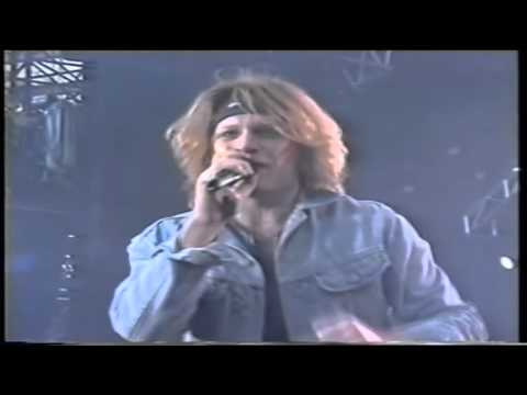 Bon Jovi - You Give Love a Bad Name (Live Wembley Stadium)