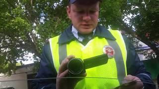 Инспектора ДПС проверяют документы на основании 'Проверка документов'