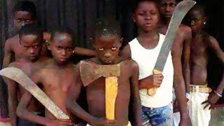 """Ces enfants """"microbes"""" qui sèment la terreur à Abidjan..."""