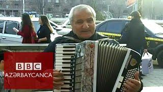 Yerevanda Azərbaycan mahnıları oxuyan akkordeonçu kimdir?