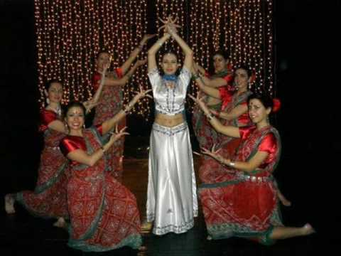 Bollywood dance cles with Laksmi devi