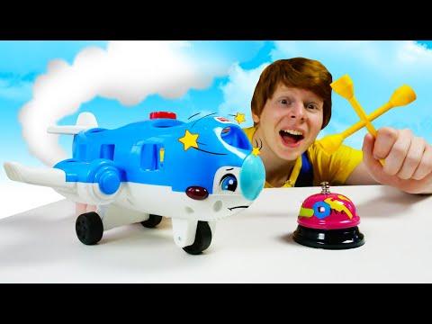 Молния Маквин въехал в Самолет. Игры для мальчиков| Ой, сломалось!