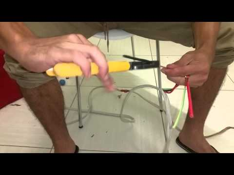 CABLE wire HOW TO STRIP   AUSTRALIA OUTBACK SURVIVAL SKILL