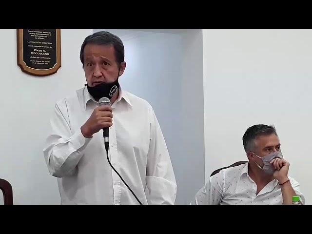 Carlos Del Frade ante el cierre de Buyatti