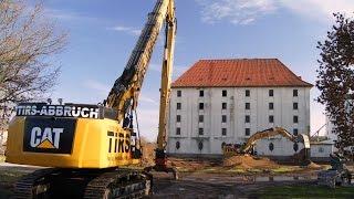 Abbruch eines VSE Getreidespeichers in Ebstorf mit zwei große Abbruchbagger Cat 349E und Cat 336E