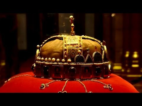 15 Captivating Crowns From Monarchies Around The World
