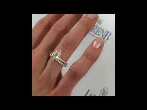 1 Carat Pear Shape Diamond Engagement Ring in Rose Gold